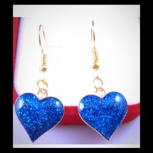 Jewelry - Pretty, Dainty, Sparkly Blue Hearts Earrings